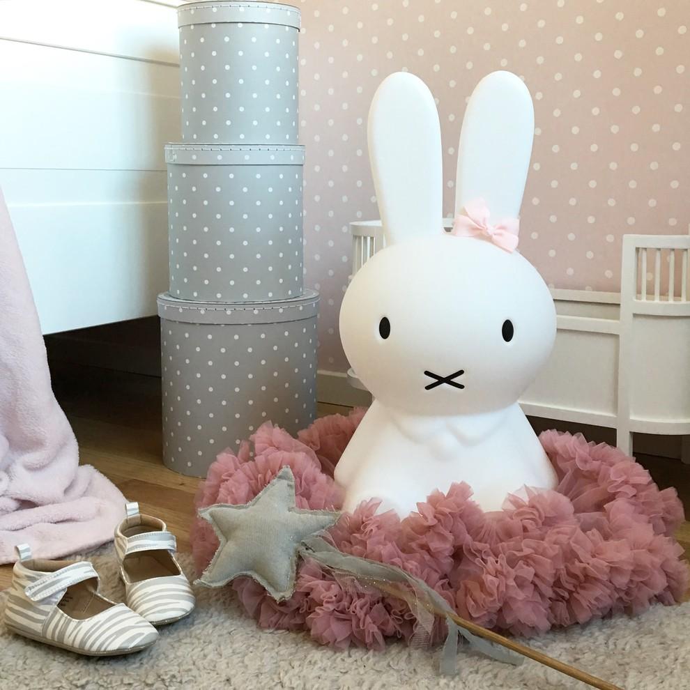 儿童房粉色细节北欧风格装饰效果图