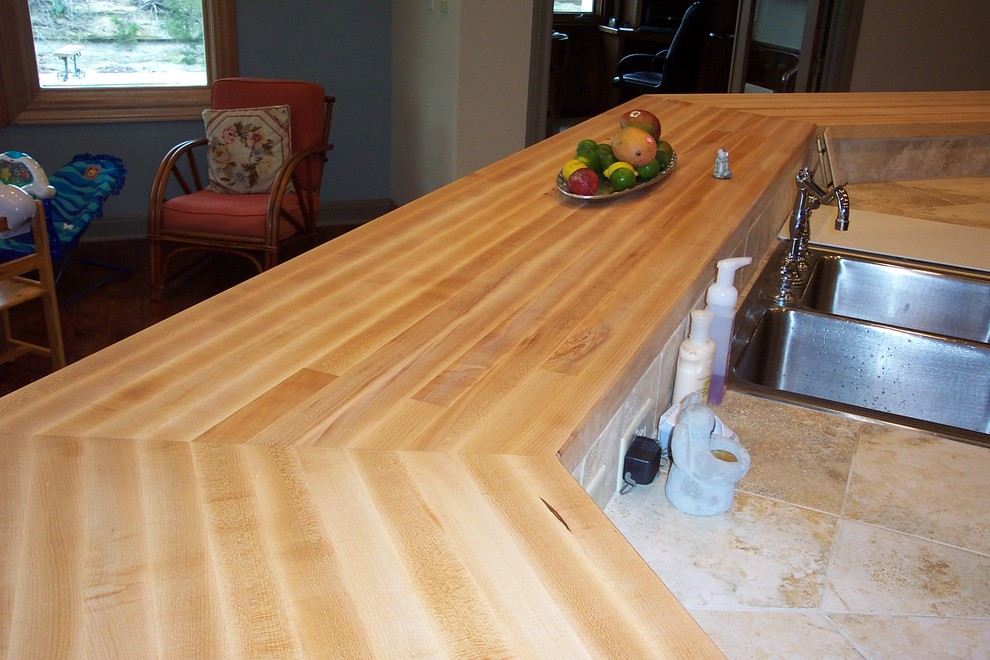 Maple Edge grain wood Bar tops