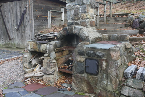 Repointing A Chimney : Repointing a stone fireplace outside