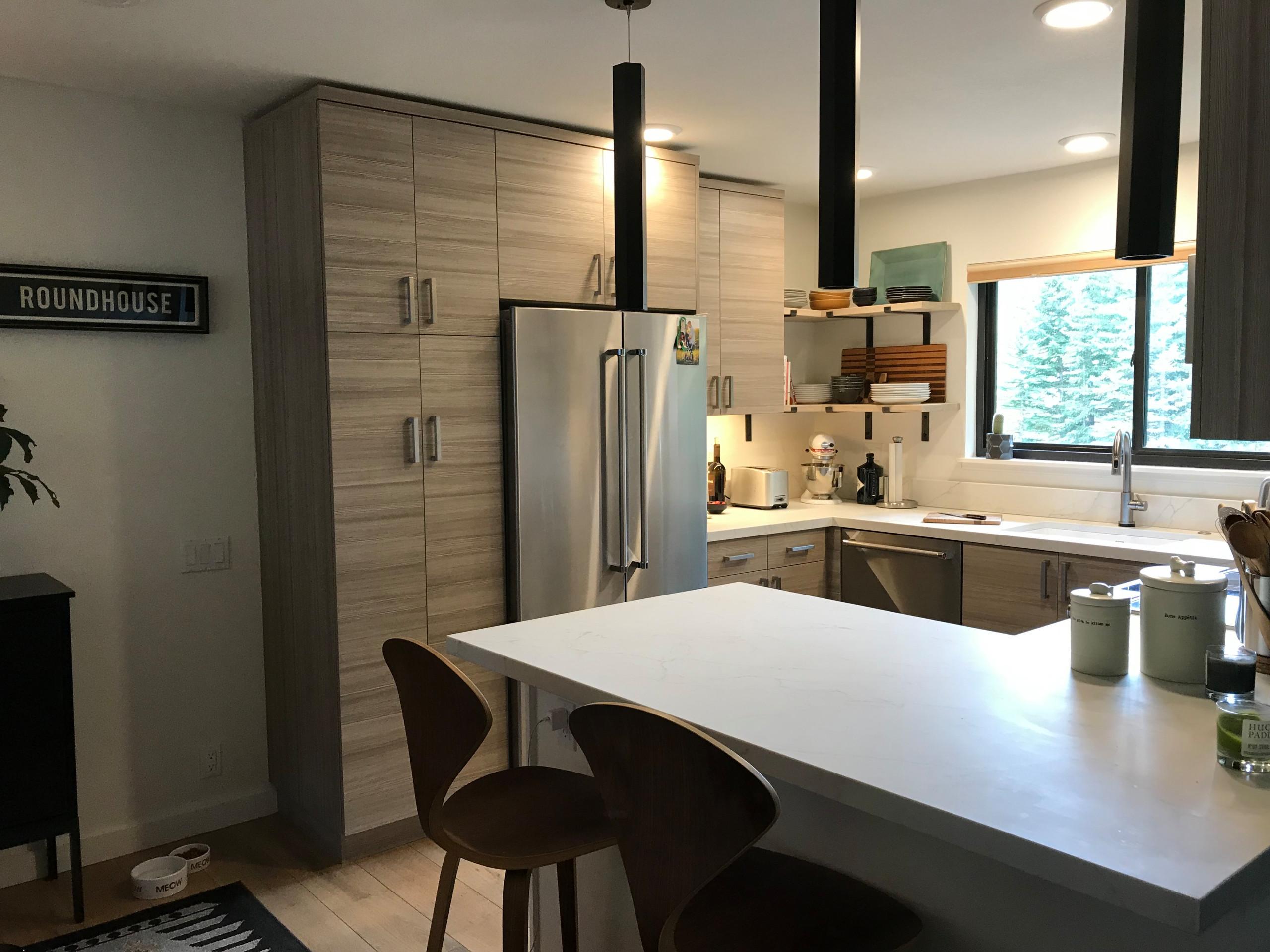 Elkorn Condo Kitchen Remodel
