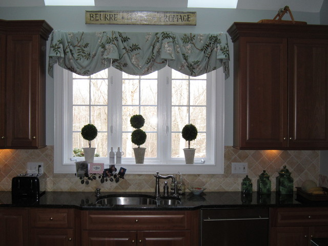 kitchen window treatments ideas pictures kitchen window treatments traditional window 24944
