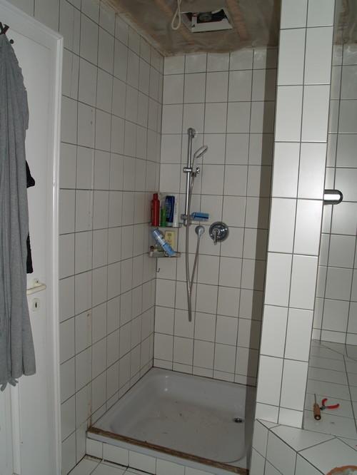 gemauerte dusche mit fenster gemauerte dusche als. Black Bedroom Furniture Sets. Home Design Ideas