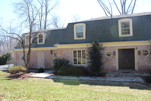 Mansard Roof Home Need Exterior Color And Trim