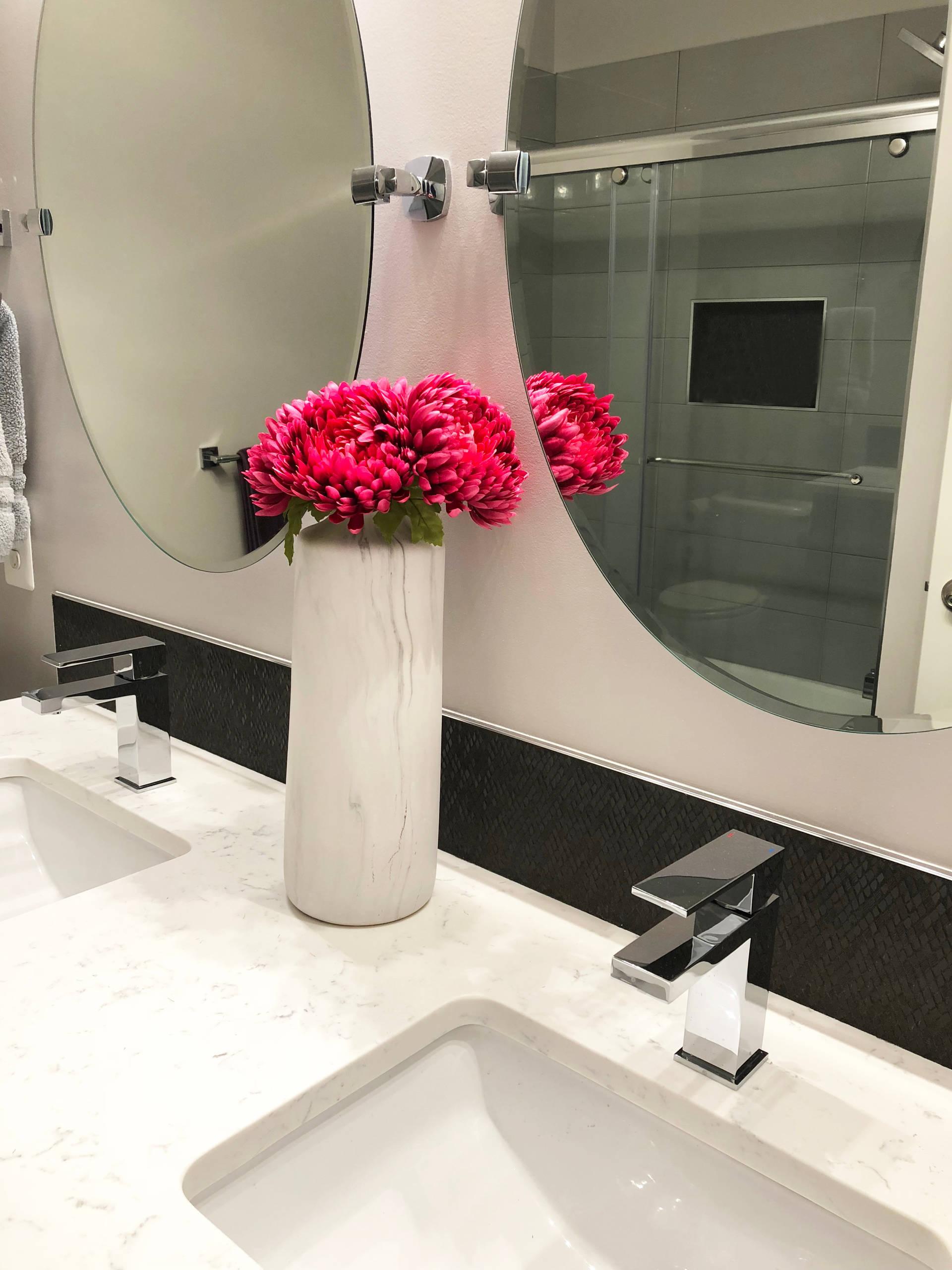 Huntington Guest and Entry Bathroom