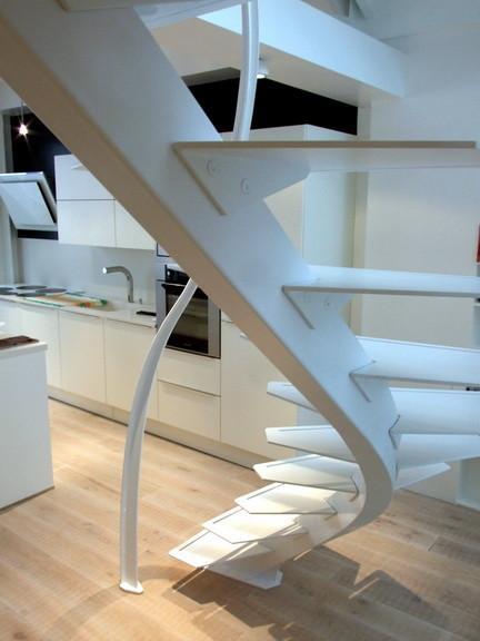 escalier design débillardé limon central - Modern - Treppen ...