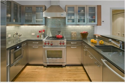 Stainless Steel Kitchen And Hardwood Yes No