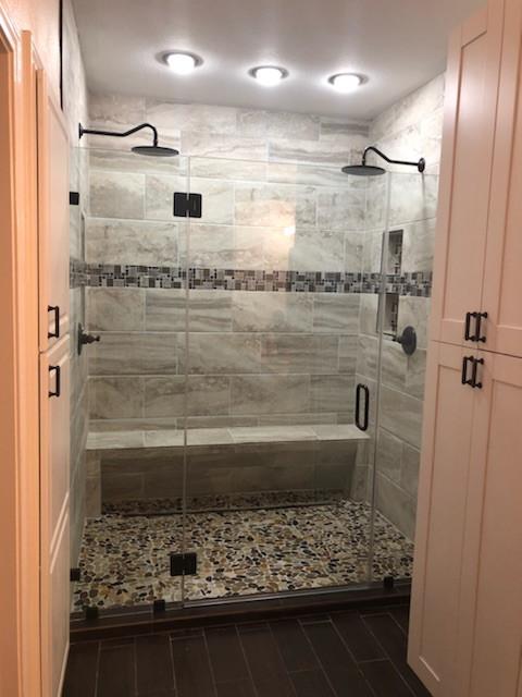 Kellywood Bathroom Remodel