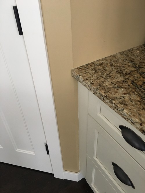 Should The Trim Match The Kitchen Cabinets
