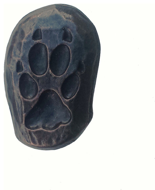 Single Wolf Track Right Face Cabinet Knob - Rustic - Cabinet And Drawer Knobs - by Buck Snort ...