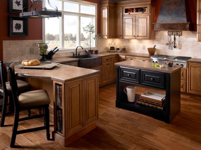 Mountain Passage, Wilsonart HD Traditional Kitchen