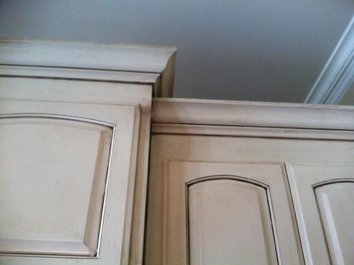 please help?! trim and kitchen cabinet color dilemma!