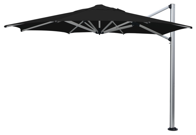 "16&x27;4"" Oct Black Umbrella."