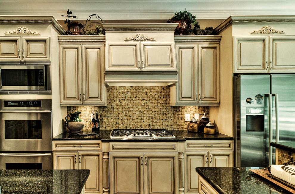 Elegant kitchen photo in Nashville