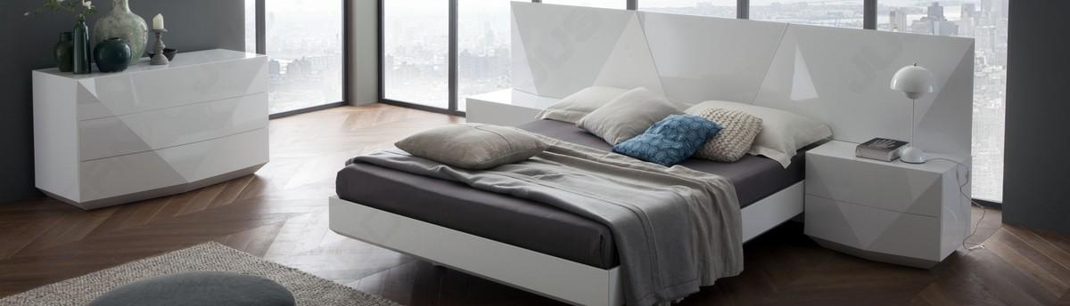 UR Modern Furniture   Denver, CO, US 80211