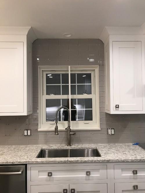 grout color for glass tile backsplash