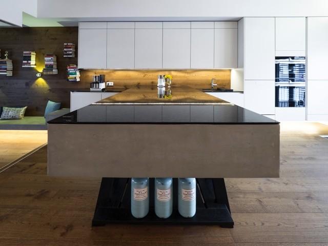 k che m nchengladbach. Black Bedroom Furniture Sets. Home Design Ideas