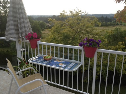 Balcony Table For Your Small Deck