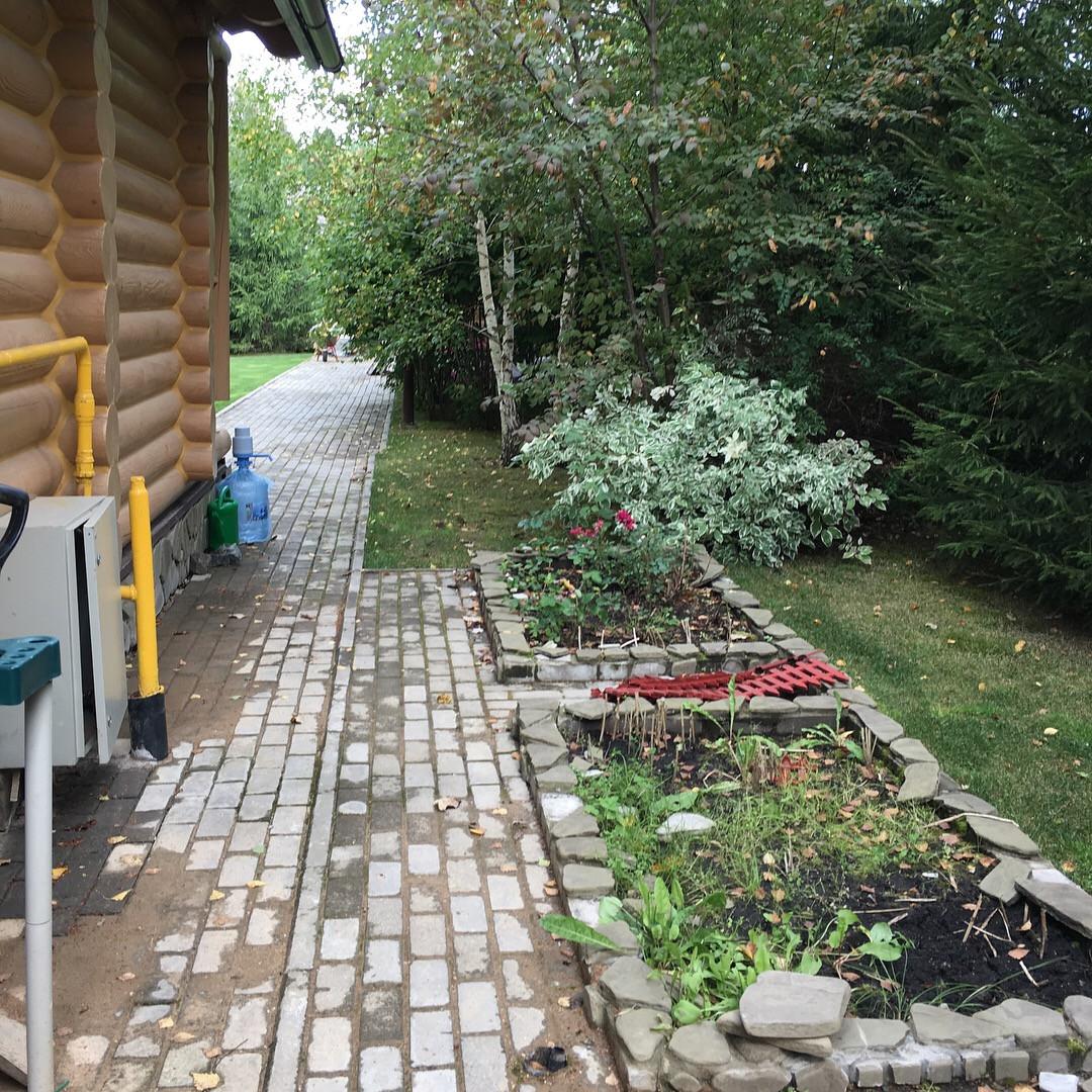 """Сад на Новой Риге """"до"""" преображения"""