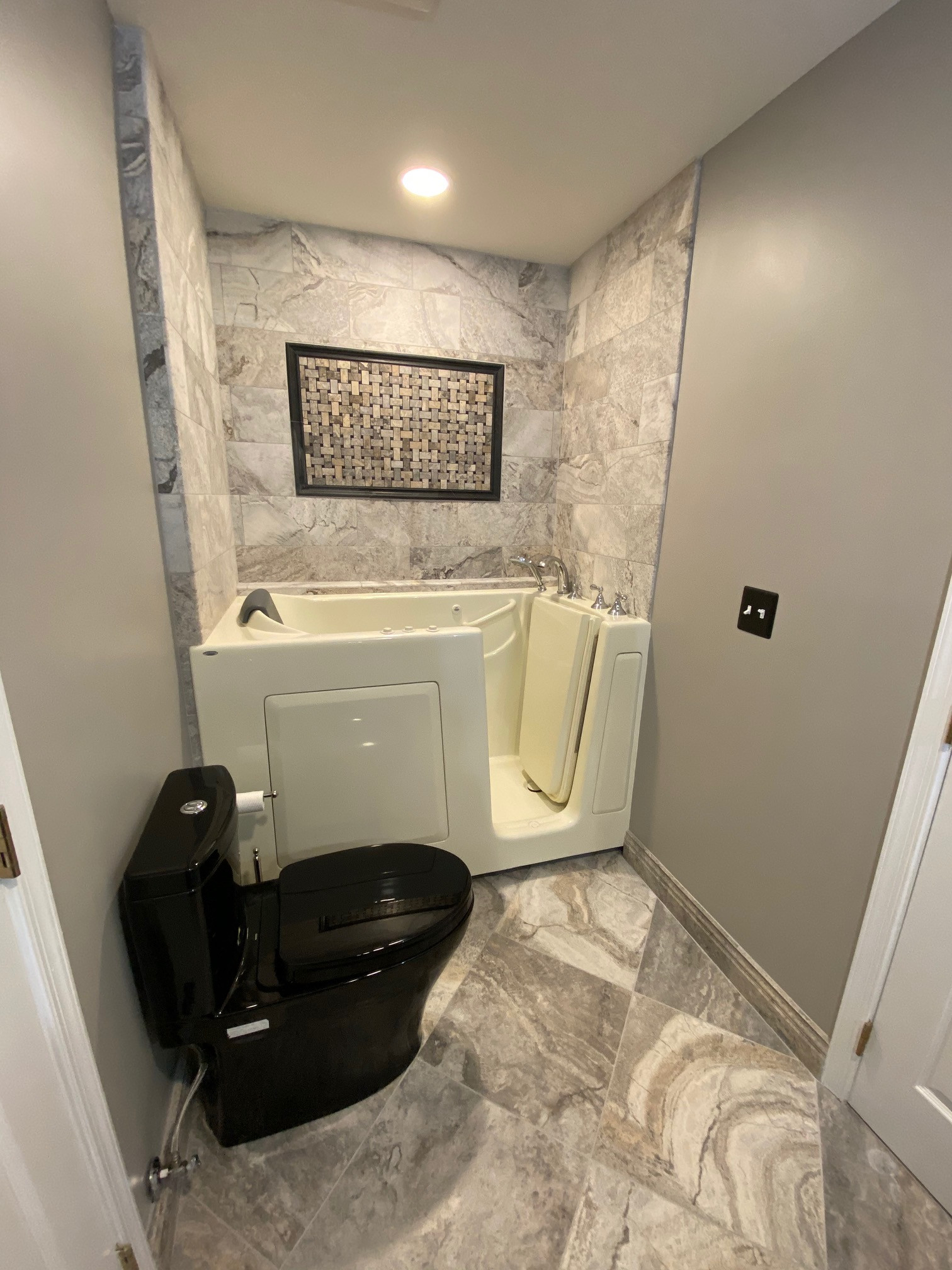 Barrier Free Tub and Shower
