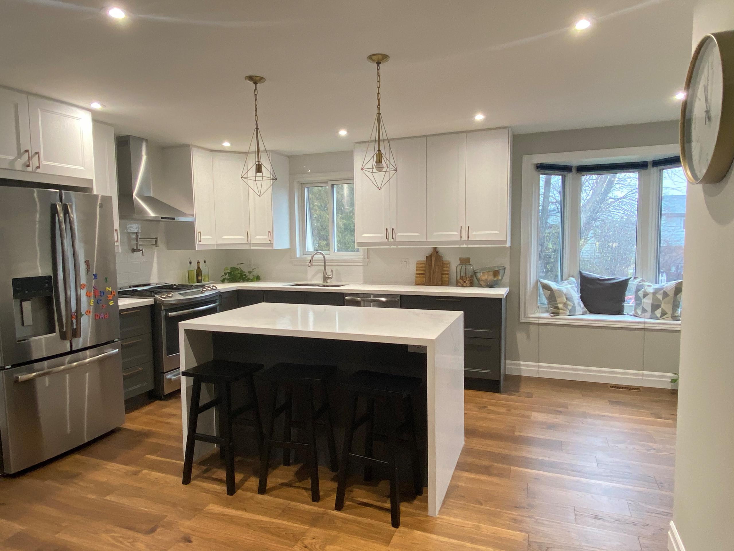 Jasper Cres - Open Concept Kitchen