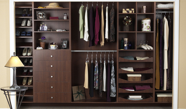 Closets los angeles von tailored living featuring for Closet design los angeles