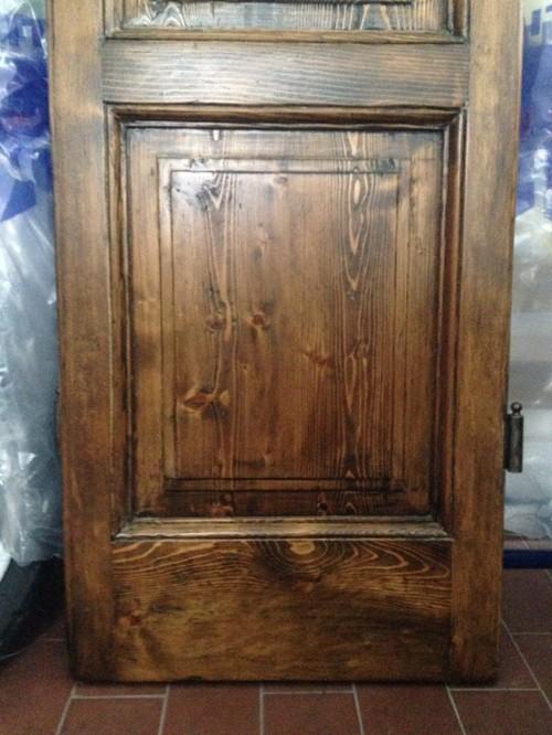 Creare un tavolo con delle vecchie porte in legno - Porte vecchie in legno ...