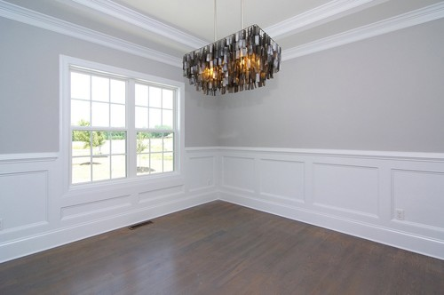 Who Does Hamptons Style Wall Panelling And Skirting In