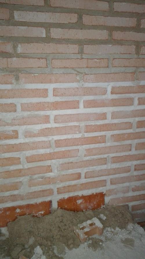 Zocalos para fachadas fachada ladrillo con zocalo piedra for Zocalos de fachadas fotos