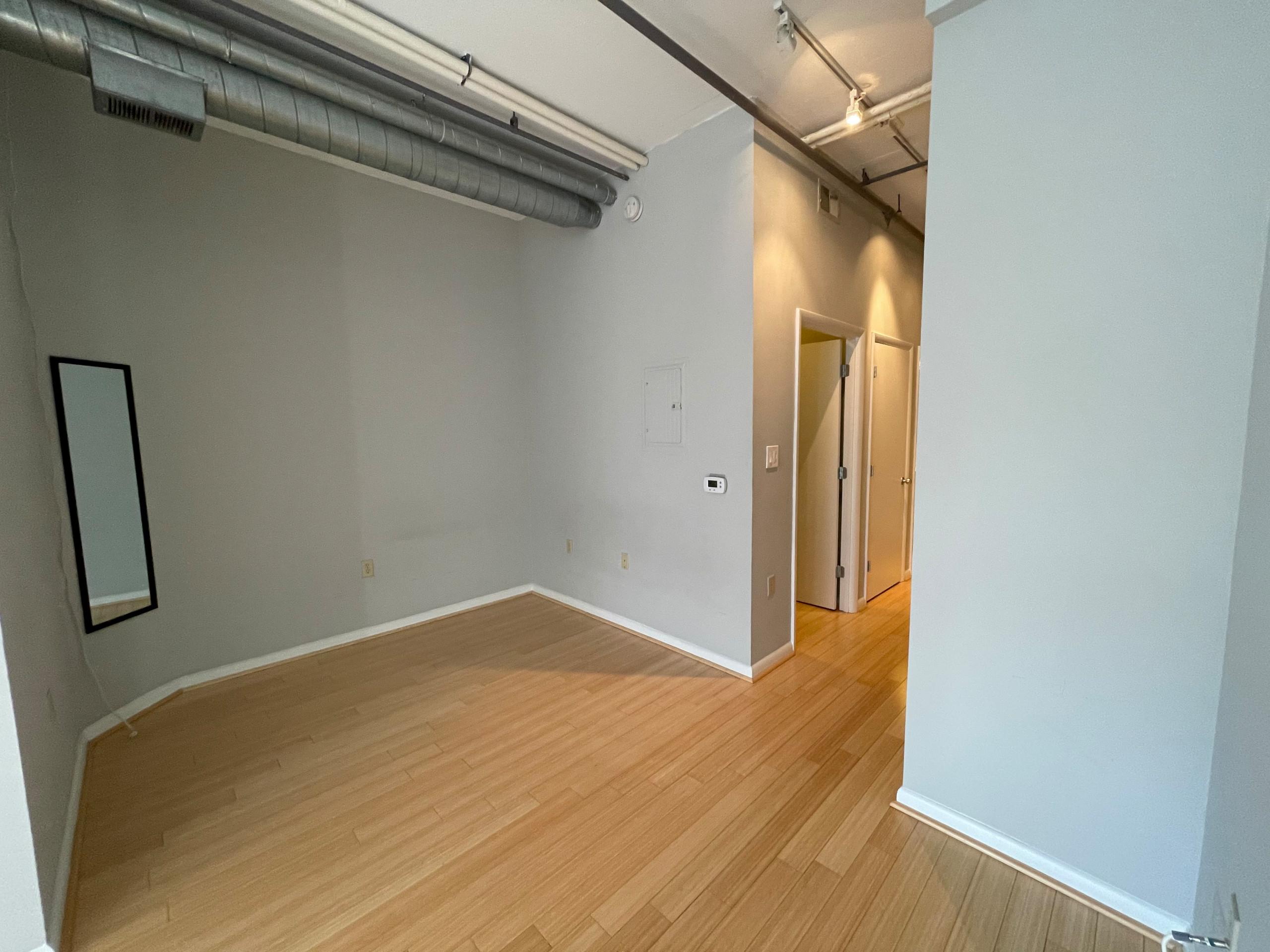 Chic Studio | N St NW | Washington, DC