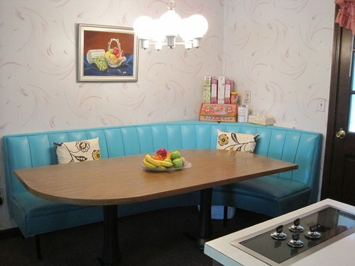 How To Keep Kitchen Retro Theme With This Booth