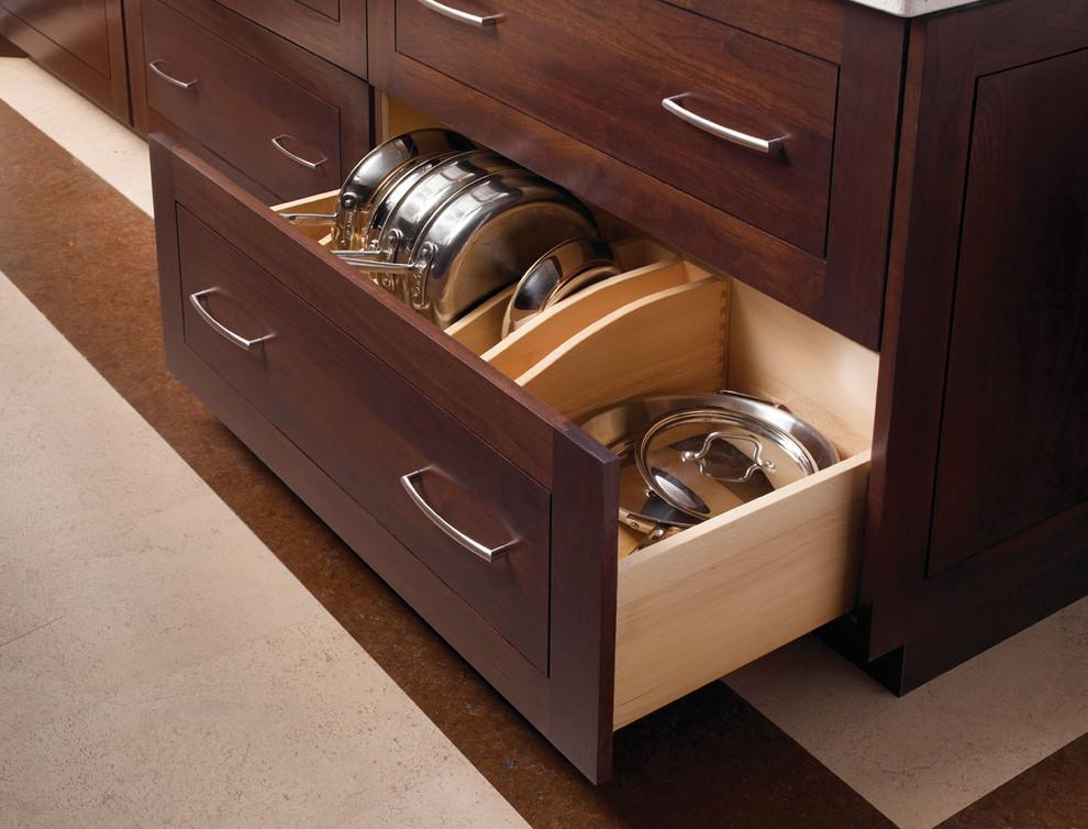 Plain & Fancy Custom Cabinetry