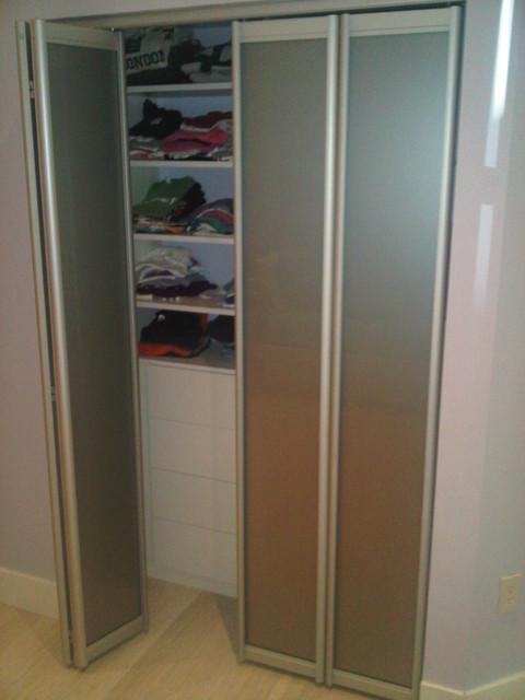 Bi Fold Doors Contemporary Closet
