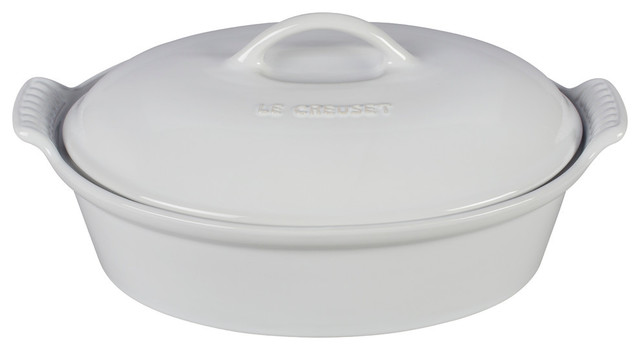 Heritage Covered Oval Casserole, White.
