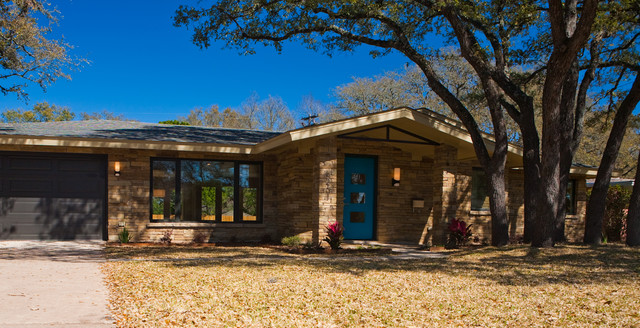 Example of a trendy home design design in Austin