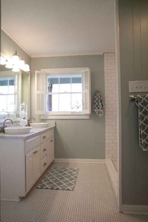Continue Crown Molding In Shower - Bathroom crown molding