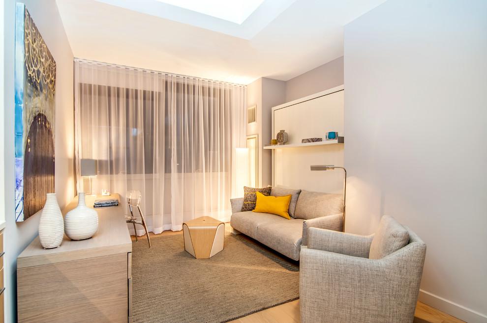 Small minimalist home design photo in New York