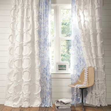 Styling Of Curtains Nidhi Saxena S Blog About Patterns