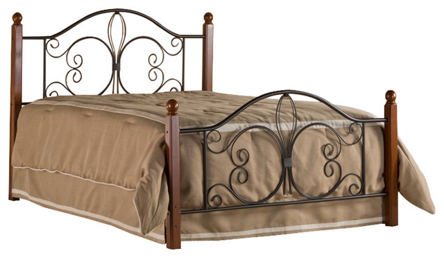 Milwaukee Wood Post Bed Traditional Canopy Beds By