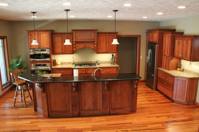 kitchen cabinetry using maple wood