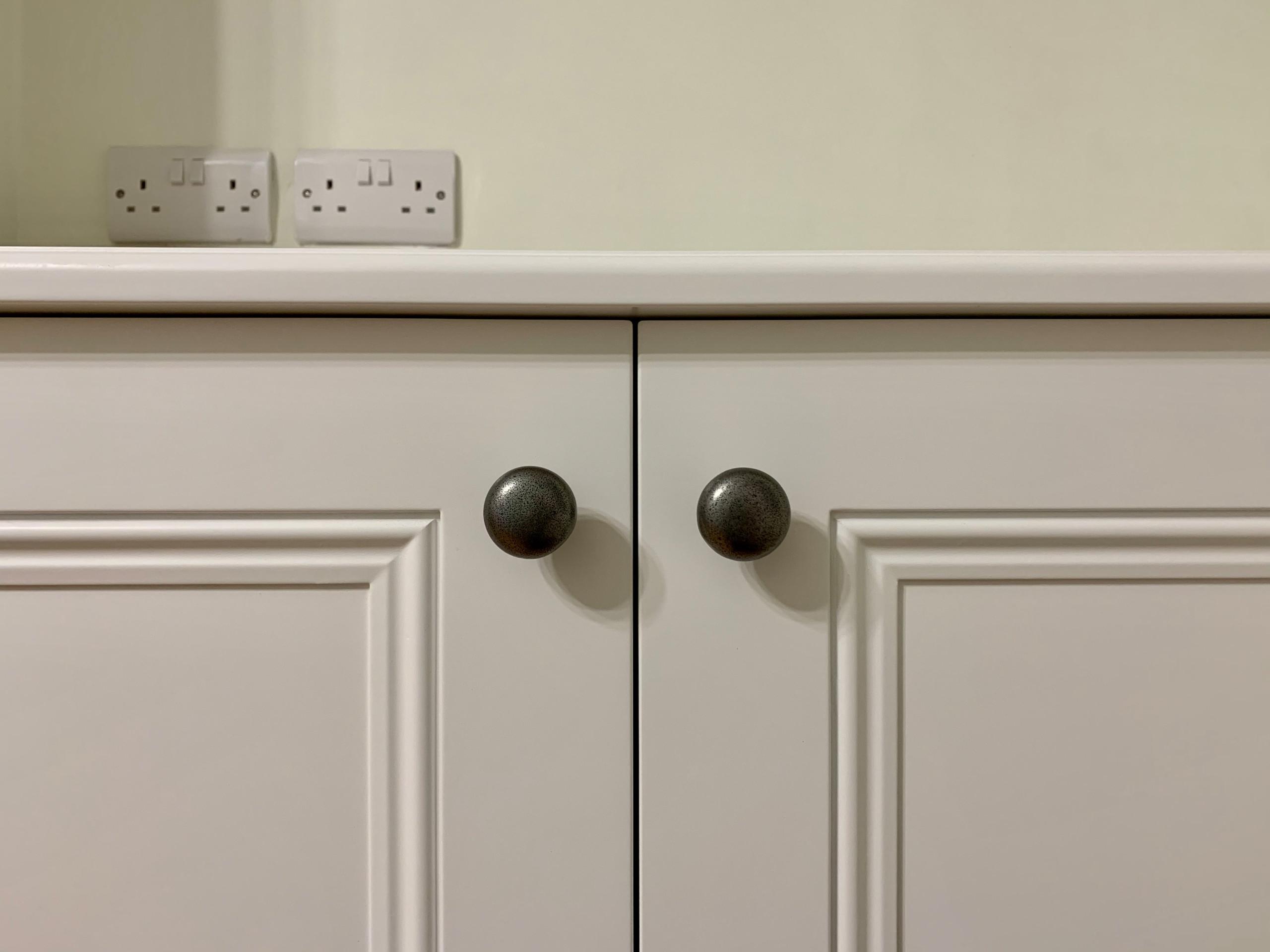 Classic Alcove Cabinet Close Up