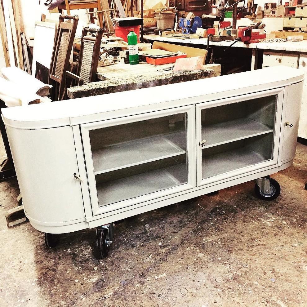 Schränke, Sideboards und Kommoden im Recycle Art Look