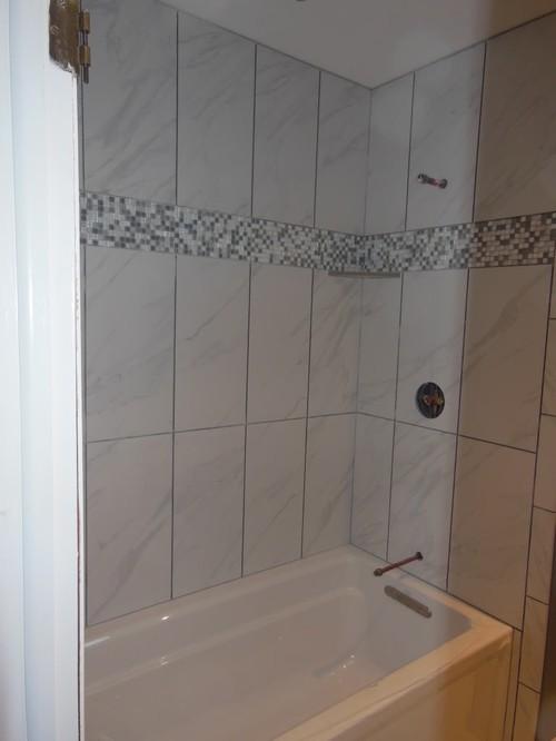 Carrara look porcelain daltile florentine carrara for Daltile bathroom tile designs