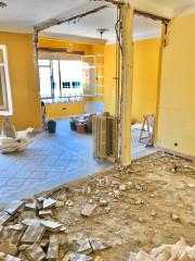 ¡Vaya cambio! Suelos restaurados para un piso reformado en Madrid