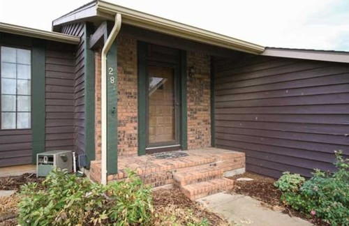 Red Brick Ranch Color Choice For Trim And Siding Please