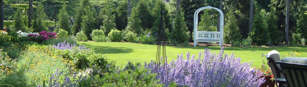 Firefly Garden Design, LLC   Wauwatosa, WI, US 53226