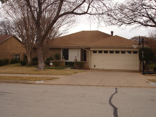 need help with exterior 80s ranch - 80 S House Designs