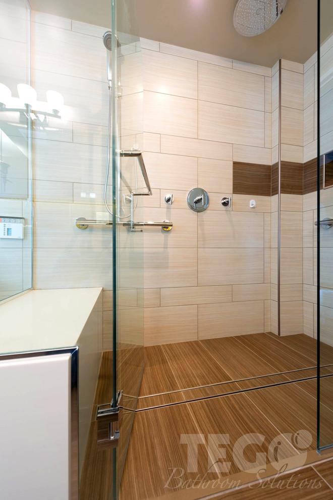 Example of a minimalist home design design in Ottawa