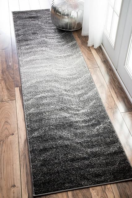 Contemporary Ombre Waves Polypropylene Rug, Gray, 2&x27;5x9&x27;5.