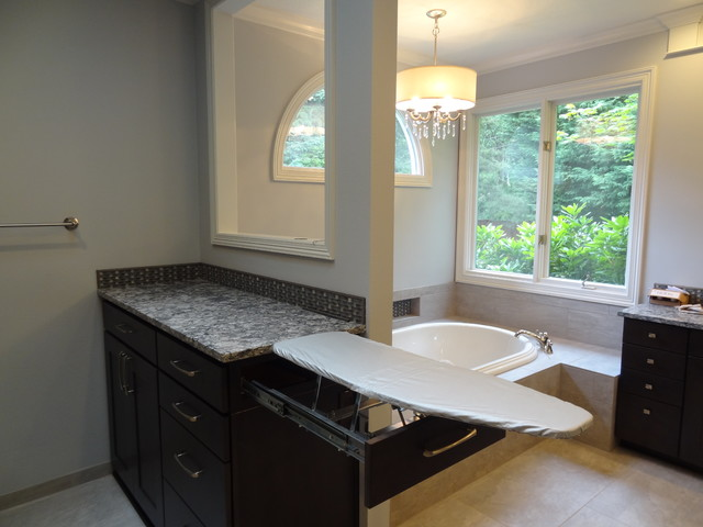 Inspiration for a transitional basement remodel in Portland