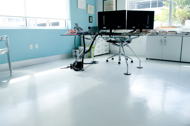 Microtopping and polished concrete miami de perfect for Perfect concrete floors